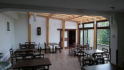 Ave Caesar Restaurant