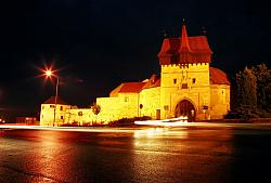 Zatec gate with walls